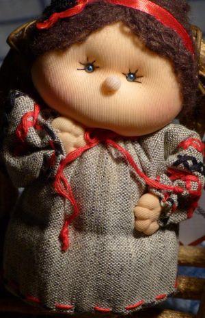 кукла-девочка Ivanka Present