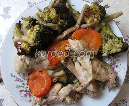 курица с овощами в горшочке