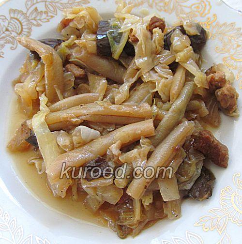 Овощное рагу с кабачками и картошкой и баклажаном с курицей