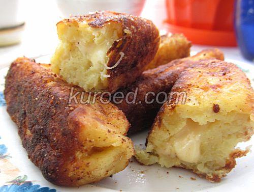 Картофельные пирожки с сыром, срез