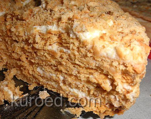 Медовый торт с масляным кремом Шарлотт, срез
