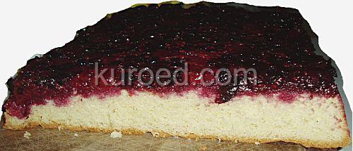 Перевернутый ягодный бисквит