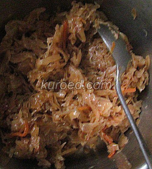 Пирожки с капустой и яйцами, пошаговое приготовление - Стушить капусту
