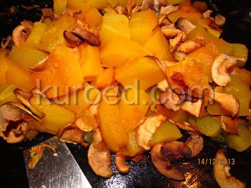 Тыква печеная с медом и яблоками