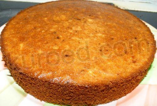 Медовый бисквит с шоколадным кремом, пошаговое приготовление - испечь бисквит