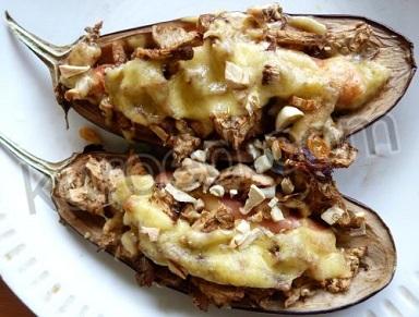 Баклажаны с сыром и сосисками