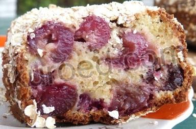 Овсяный пирог с черешней