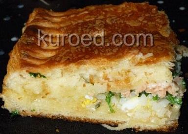 пирог с лососем из слоеного дрожжевого теста