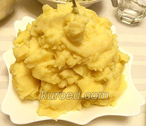 Картофельное пюре и помидоры на гарнир – кулинарный рецепт