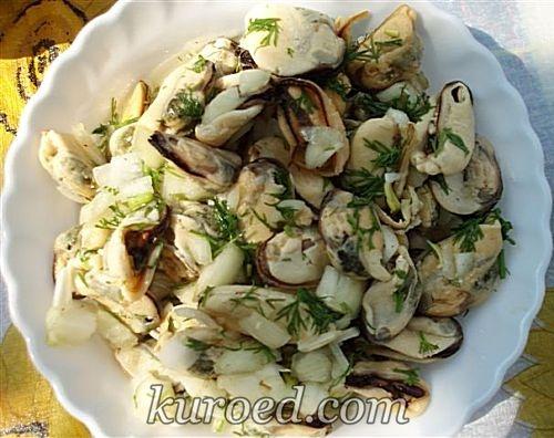 Салат из мидий с креветками