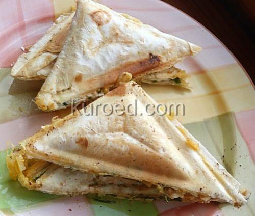Сэндвичи из лаваша в бутерброднице